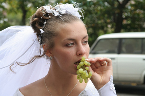 how to lose weight before wedding