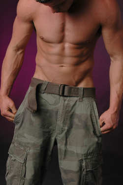 navy seal workouts are focused on burning belly fat and increasing strength