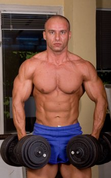 strength training workouts increase lean muscle mass