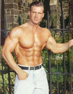 burn the fat feed the muscle author tom venuto